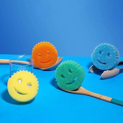 What Is a Scrub Daddy Sponge and Why Do Housekeepers Love Them?