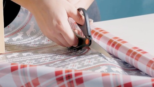 How To Perfectly Wrap Gifts Like A Pro