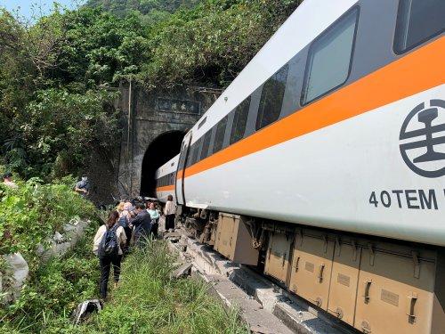 Mehr als 40 Tote bei Zugunglück in Taiwan