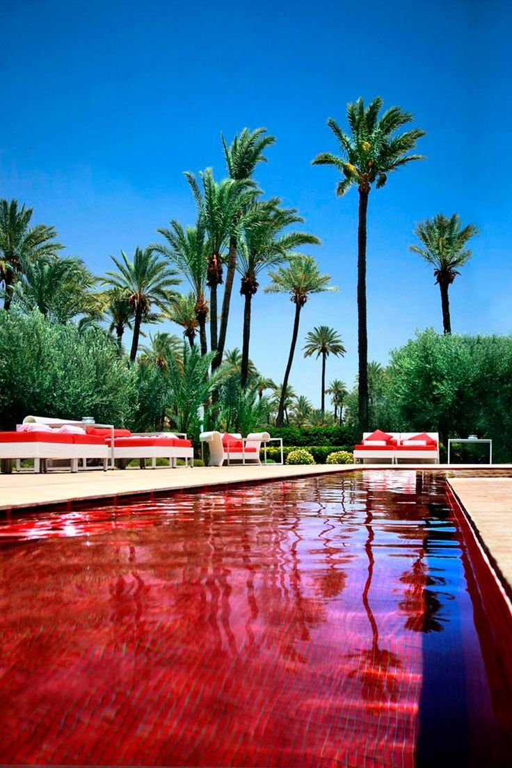 World's Strangest Swimming Pools