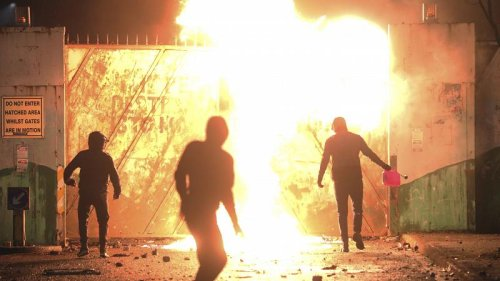 Northern Ireland: Why are people rioting and who is behind it?