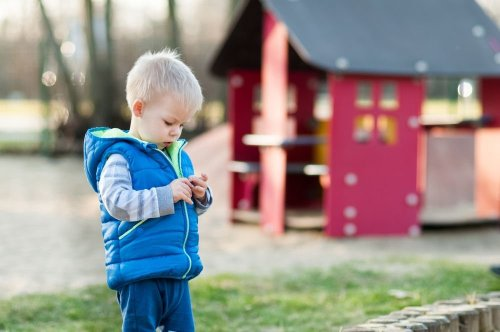 Early Autism Signs and Symptoms in Young Children