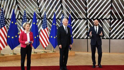 EU`s Michel and von der Leyen greet Biden at Council building