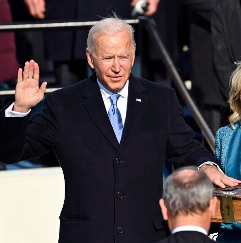 Biden Becomes 46th President, 400K COVID Deaths in US & More — Jan. 20 Rundown