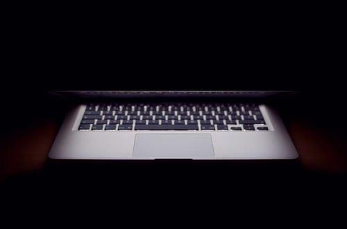 Listen: Swaths of the Internet Go Down in Global Glitch