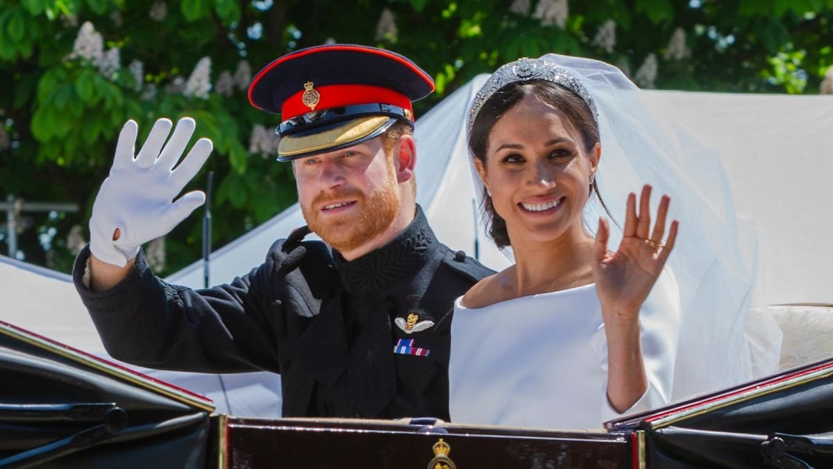 Happy anniversary to Harry and Meghan!