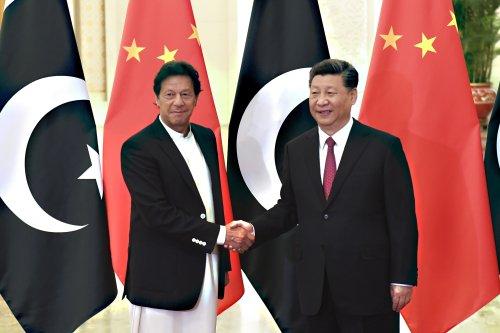 Pakistan, China urge world to send humanitarian aid to Kabul