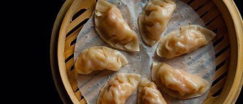 How To Make Delicious Shrimp And Lemongrass Dumplings