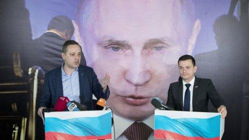 Alexei Navalny's Adviser Says 'I Narrowly Escaped Arrest'