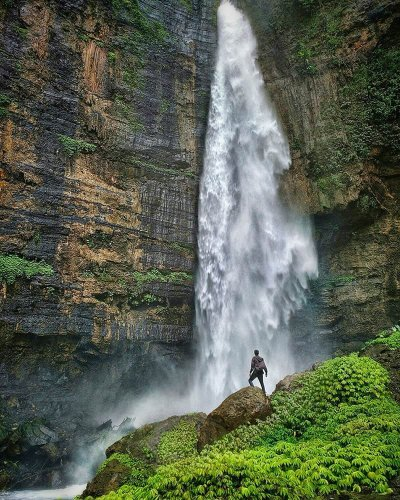 THE MOST INCREDIBLE WATERFALLS IN THE WORLD