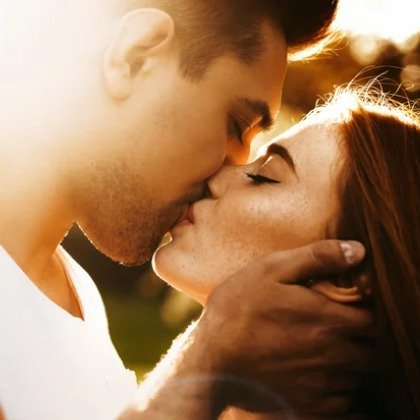 When You're In Love, This Is What Happens To Your Body