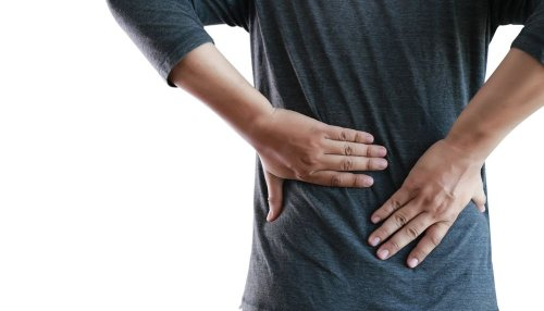 Early Symptoms of Kidney Stones — Plus Risk Factors, Causes & Prevention