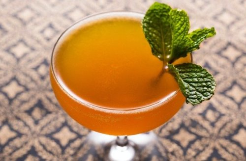 This Refreshing Rum And Honey Cocktail Will Run Your Summer