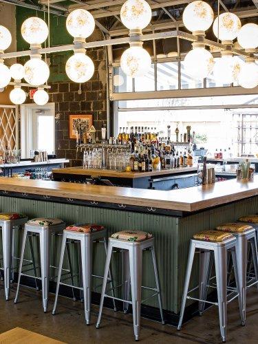 Washington DC's Best Restaurants cover image