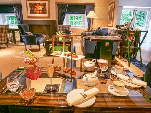 FANTASTIC FOOD AND TRAVEL EXPERIENCES IN SCOTLAND