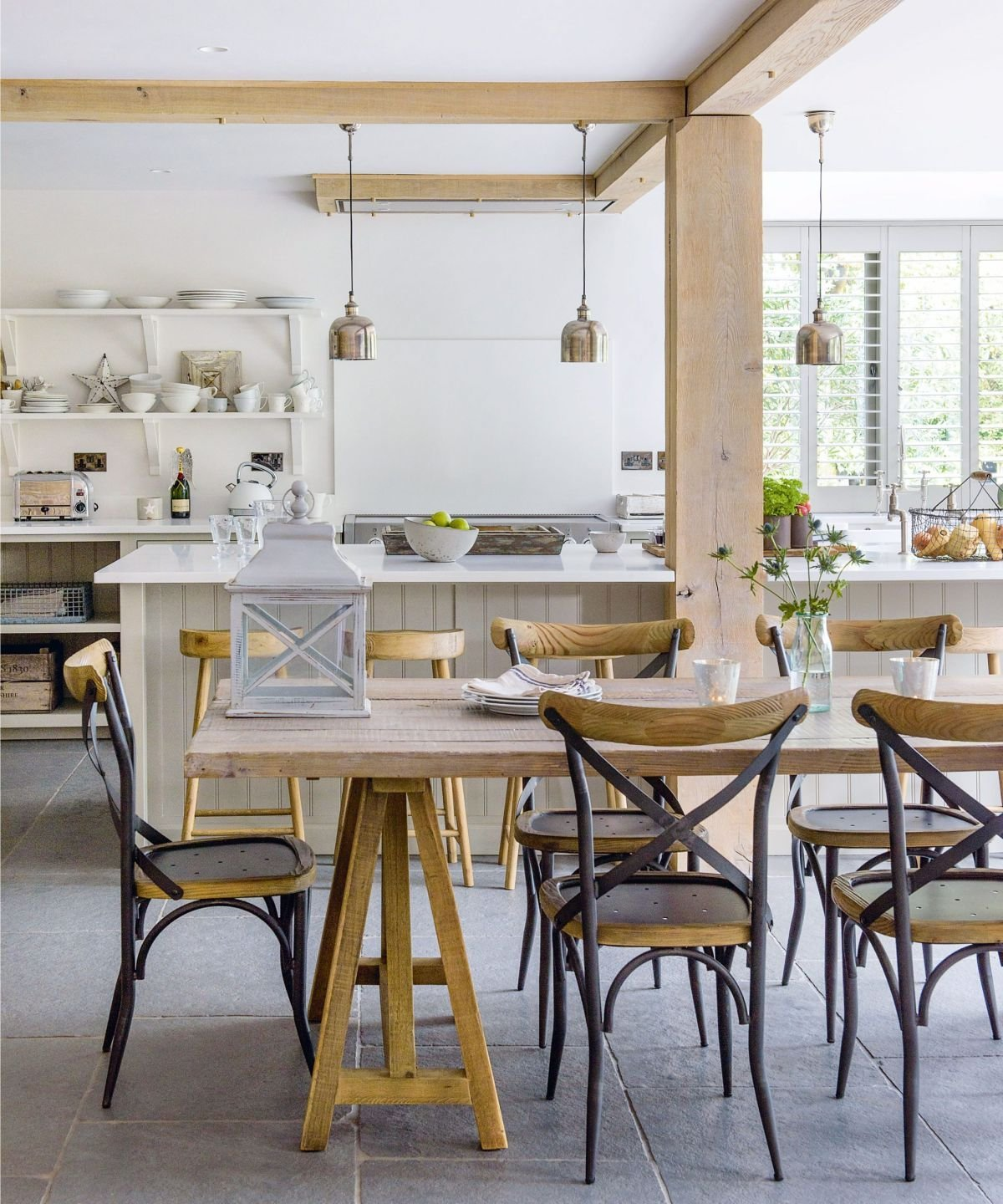 Achieve farmhouse, rustic design at home with these inspiring ideas