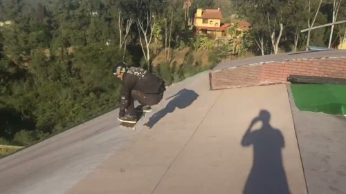 Pro Skater Displays Insane Skills on Mega Ramp