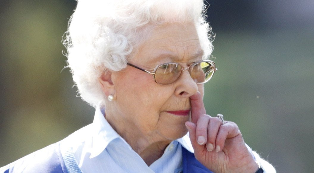 Awkward Queen Elizabeth Moments That Were Captured For Millions