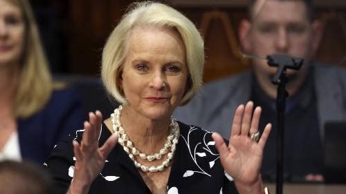 Sen. McCain's Widow, Arizona Governor Shrug Off GOP Censure