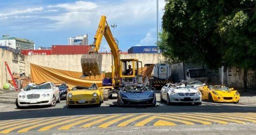 McLaren 620R Among Seven Luxury Cars Crushed In Public Demonstration
