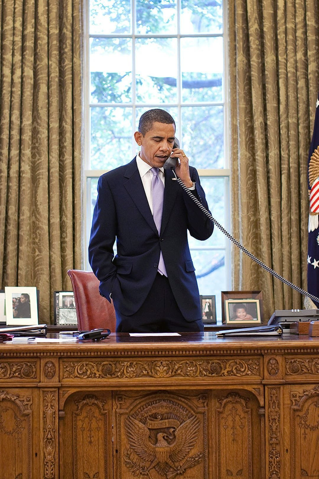 The Story Behind The Iconic Oval Office Desk
