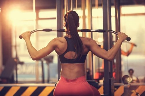 Strengthen and Sculpt Your Back  With These  Exercises, Say  Top Trainers
