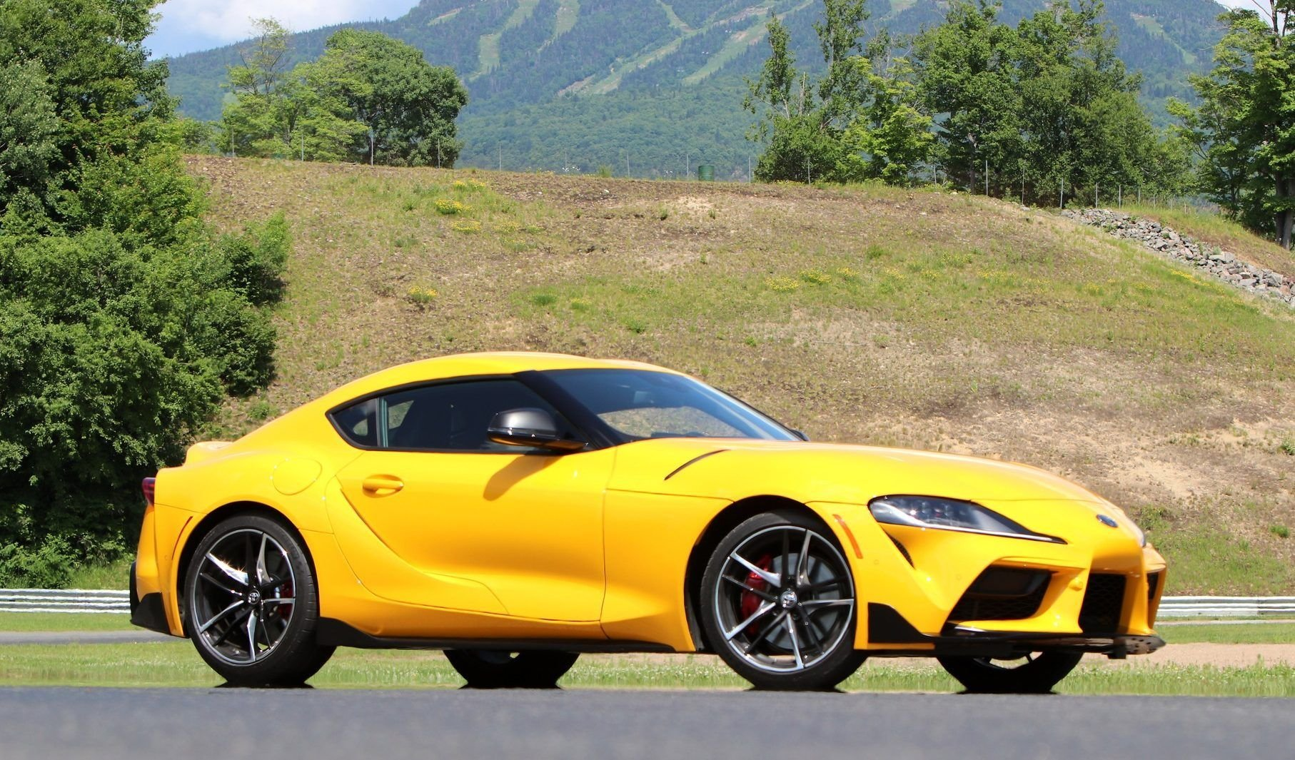 These Are The Absolute Best Daily Driver Sports Cars You Can Buy
