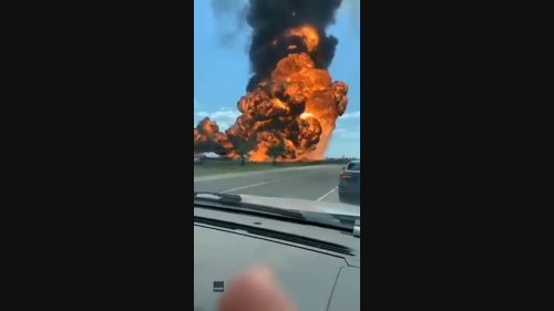 Tanker Explodes in Northern Texas