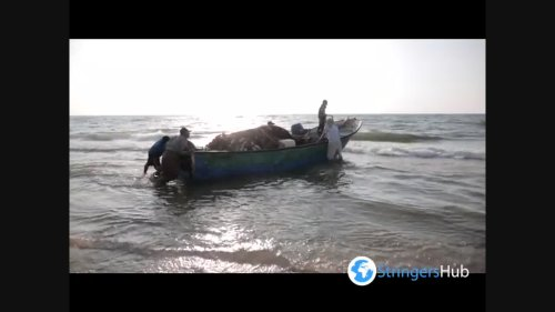 Gazans Hit The Beach As Summer Temperatures Soar