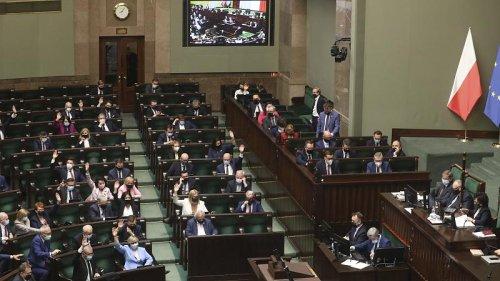 Poland eyes €36bn of EU recovery cash despite last year's veto