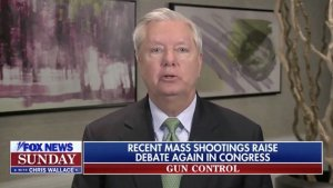 Republican Sen. Lindsey Graham Insists He'll Shoot 'Gangs' with his AR-15