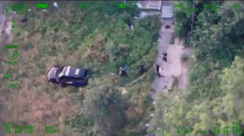 Video appears to show Baltimore Police officer drive into a suspect during pursuit | VIDEO