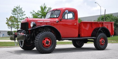 5 Sturdiest Pickup Trucks Ever Made (And 5 SUVs That Are Built Like Tanks)