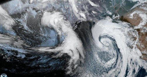 """""""Bomb cyclone"""" hits the Pacific Northwest: What to know"""
