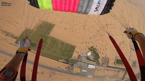 Skydive Expert Lands in the Arabian Desert