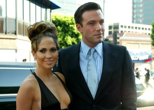 The Latest On Ben Affleck And Jennifer Lopez Says They're Making A Big Step