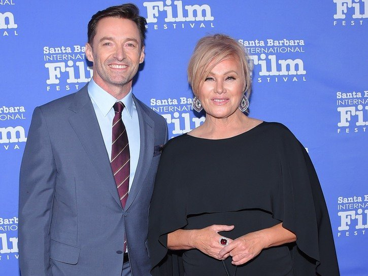 Hugh Jackman Headed For Divorce After Being Spotted Without Wedding Ring?