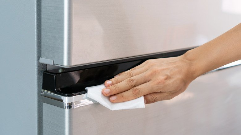 The Best Ways To Keep Your Stainless Steel Appliances Spot Free