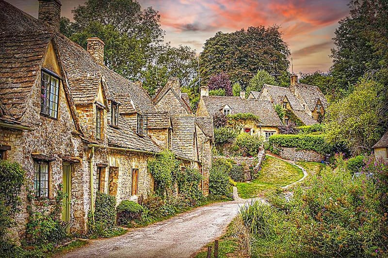 BEAUTIFUL VILLAGES IN THE COTSWOLDS