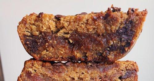 Make-ahead Monday: Date caramel-stuffed cookie bars
