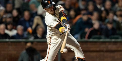 Giants beat Padres to secure playoff berth
