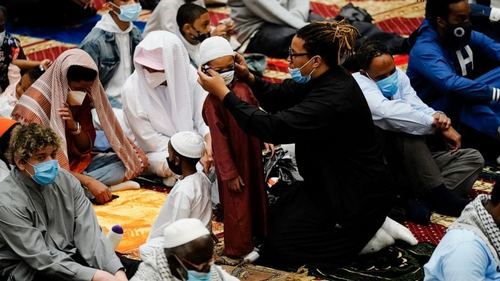 How Eid is Being Celebrated Around the World