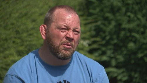 Former England rugby player 'struggling to live day to day'