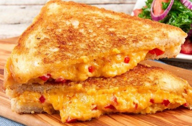 The Secret Ingredient You Should Be Adding To Your Grilled Cheese