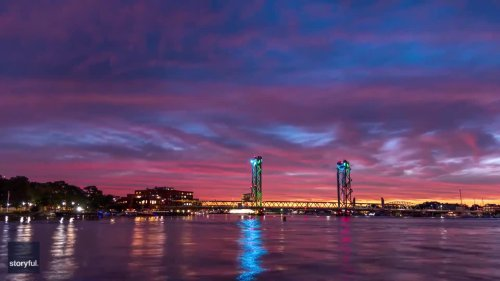 Timelapse Footage Shows Spectacular Sunset in Portsmouth, New Hampshire