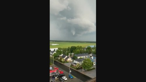 Funnel Cloud Glides Over Southern Quebec