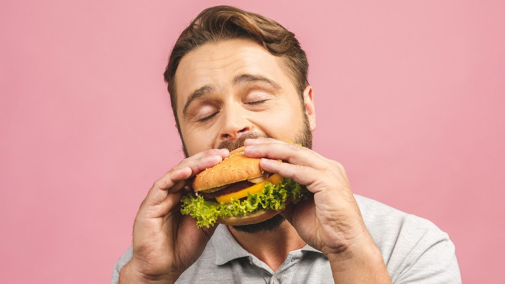 Never Eat Greasy Food When You Have A Hangover. Here's Why