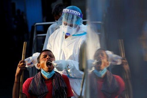Coronavirus: L'Inde recense 81.466 nouveaux cas en un jour, un record