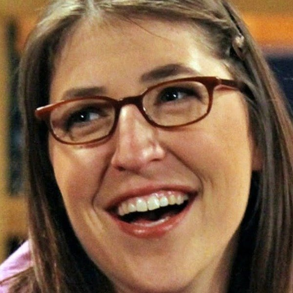 Mayim Bialik's Transformation Is Seriously Turning Heads