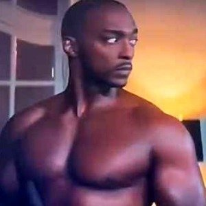 How Anthony Mackie Got Ripped To Play The Falcon